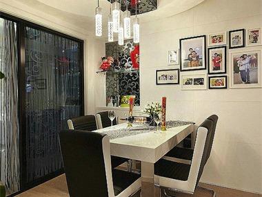 现代餐厅照片墙实景图