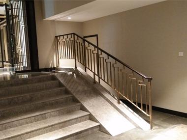 餐厅楼梯实景图