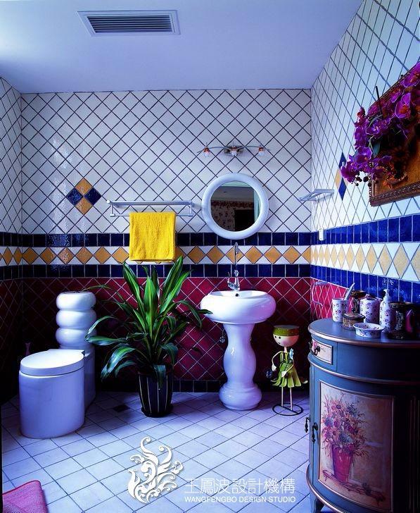 混搭卫生间背景墙实景图