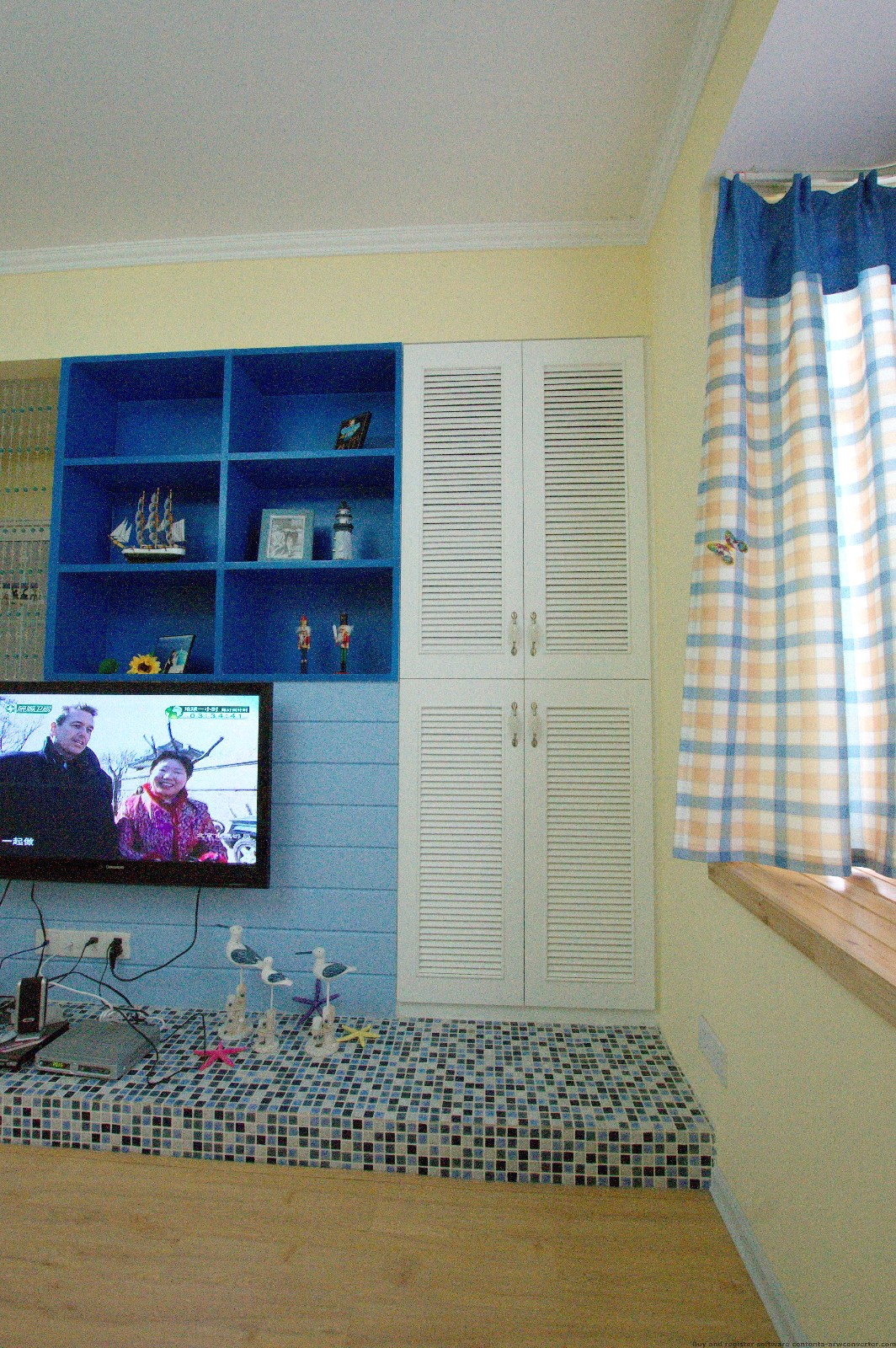 地中海客厅电视背景墙实景图