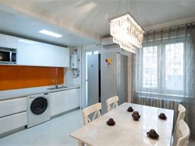 典型的80年代三居室老房装修改造《黑白生活》