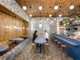 一家日式風格的海鮮料理餐廳 Smallfry Seafood