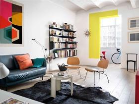 巴塞羅那一套風格明快簡約的公寓 The furnished Void