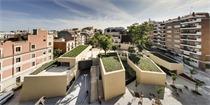 巴塞罗那:花园下方的oan Maragall图书馆