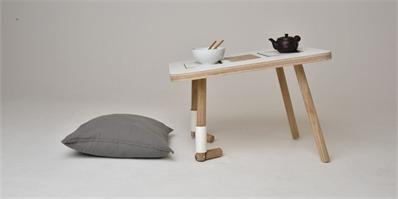 """有这么一张向你""""下跪""""的桌子,你会不会珍惜它多一点"""