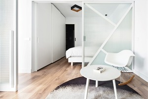 公寓改造 巴塞罗那双L型结构的Sardenya公寓