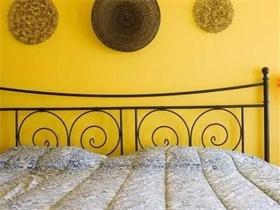 卧室床头朝向上的风水禁忌有哪些?卧室如何布置好?学习了!