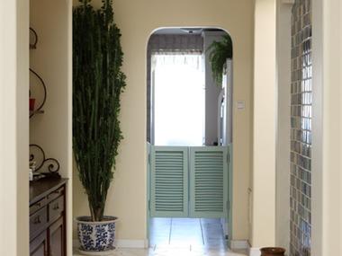 地中海风格的家具以其极具亲和力的田园风情及柔和的色
